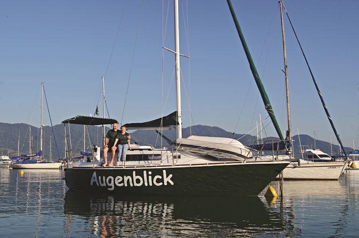 A velejadora que levou 25 anos construindo um barco agora quer morrer nele