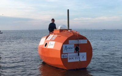Levado pelo mar: o francês que está cruzando o Atlântico à deriva, dentro de um barril